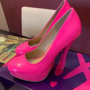 High heels brand new no tags